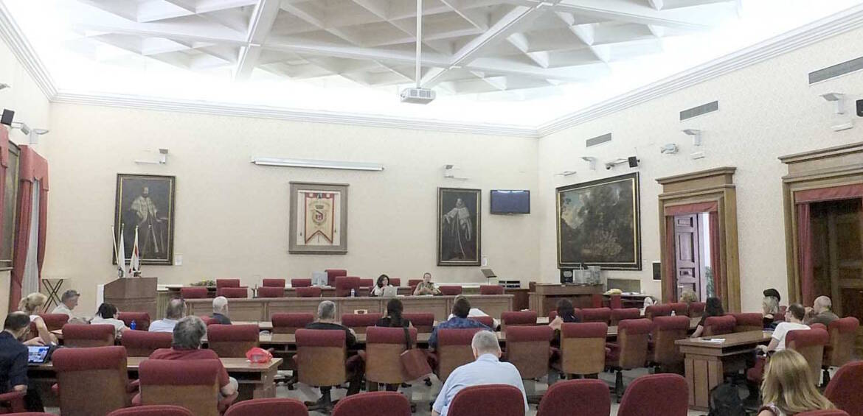 Sala-e-pubblico-a-Livorno-per-docenza-Odg.jpg
